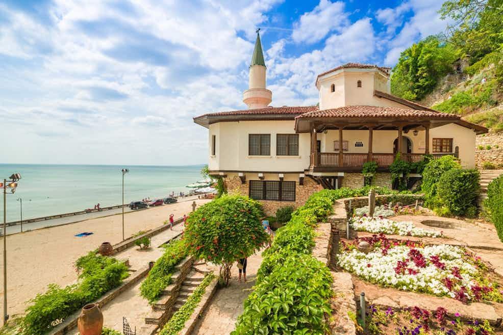 Imagini pentru balchik palace