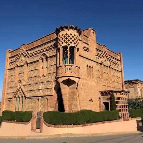 Gaudí's Crypt & Colonia Güell + Audio Guide