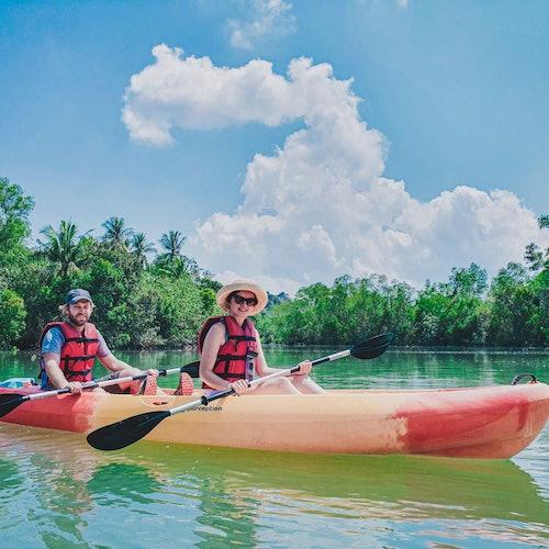 Manglares en kayak en Singapur