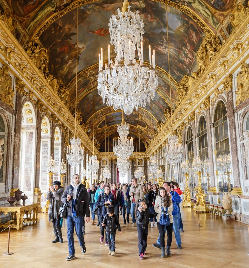 Blue Guide Paris and Versailles by Delia Gray-Durant ...