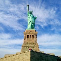 Tickets, museos, atracciones,Tickets, museums, attractions,Estatua de la Libertad y crucero a Ellis Island,Statue of Liberty and Ellis Island Cruises,Crucero + Entrada