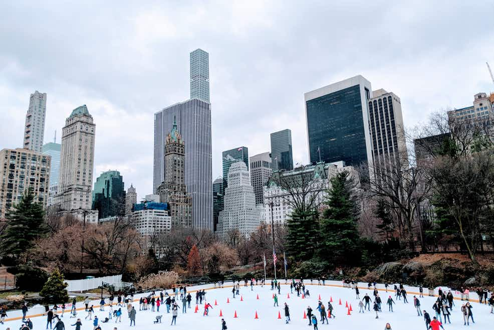 Central Park Walking Tour Ice Skating At Wollman Rink