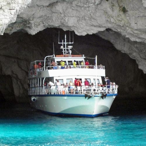 Crucero por las cuevas azules de Paxos y Antipaxos (Gaios Village)