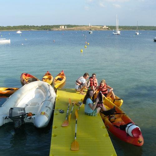 Bay of Fornells Kayak Rental