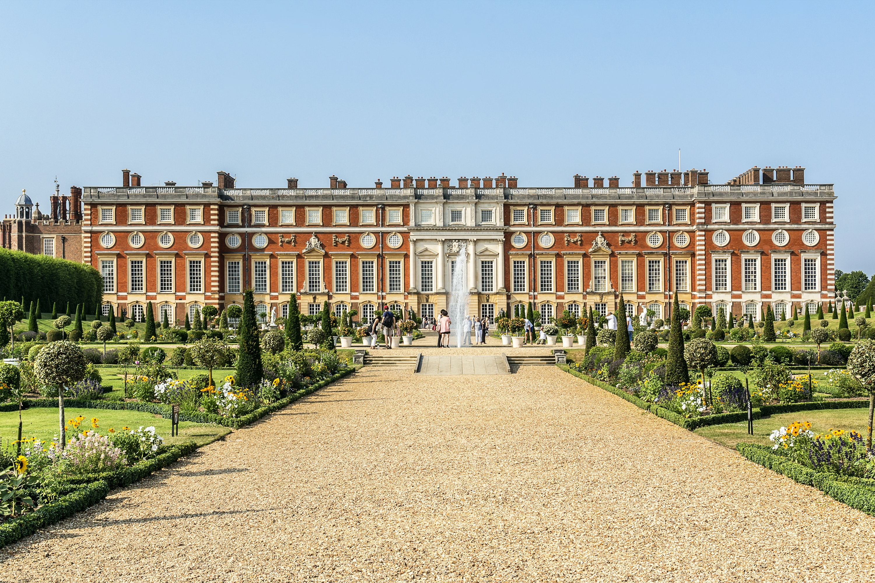Roses In Garden: Hampton Court Palace And Gardens Tickets