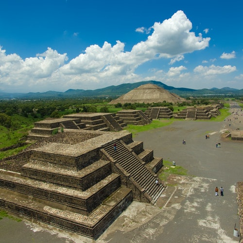 Teotihuacán: Fast-Track Admission & Transport from Mexico City
