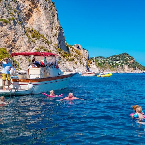 Capri en barco desde Amalfi, Positano o Nápoles