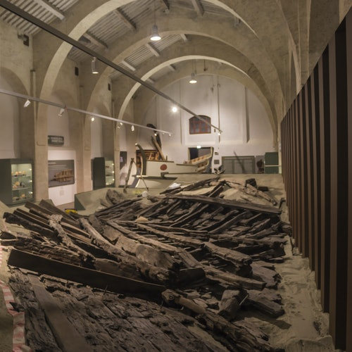 The Ancient Ships of Pisa: Medici Shipyards