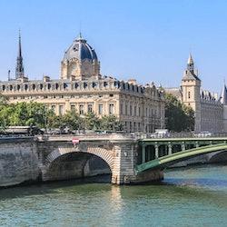 Notre-Dame Island, Sainte-Chapelle & Conciergerie: Guided Tour
