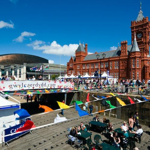 Bus turístico Cardiff