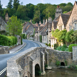 Oxford, Stratford & Cotswold Villages Tour from London