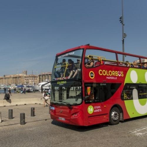 Bus turístico Colorbus por Marsella y MuCEM