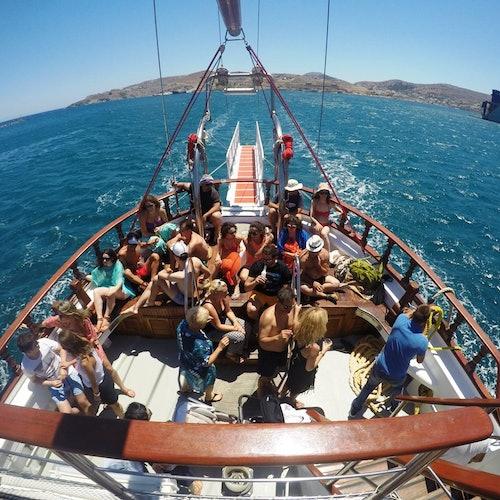 Isla Rhenia y tour al atardecer