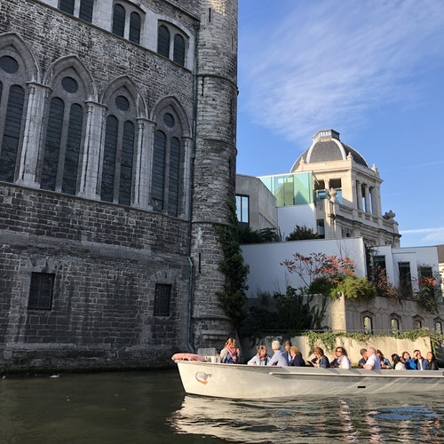 Tour guiado en barco por la histórica Gante