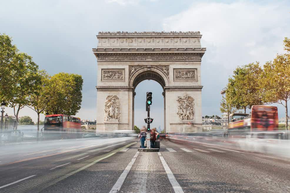 Online Paris Tours With Your Phone Arc de Triomphe