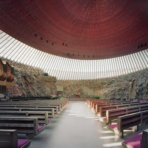 Temppeliaukio Kirkko en Helsinki