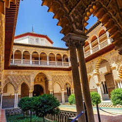 Imagen Cathedral + Alcázar of Seville: Guided Tour Combo