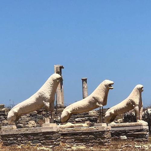 Crucero de Rhenia y Delos