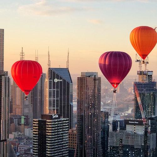 Vuelo en globo por Melbourne al amanecer y desayuno con champán opcional