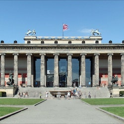 Imagen Altes Museum : Coupe-File