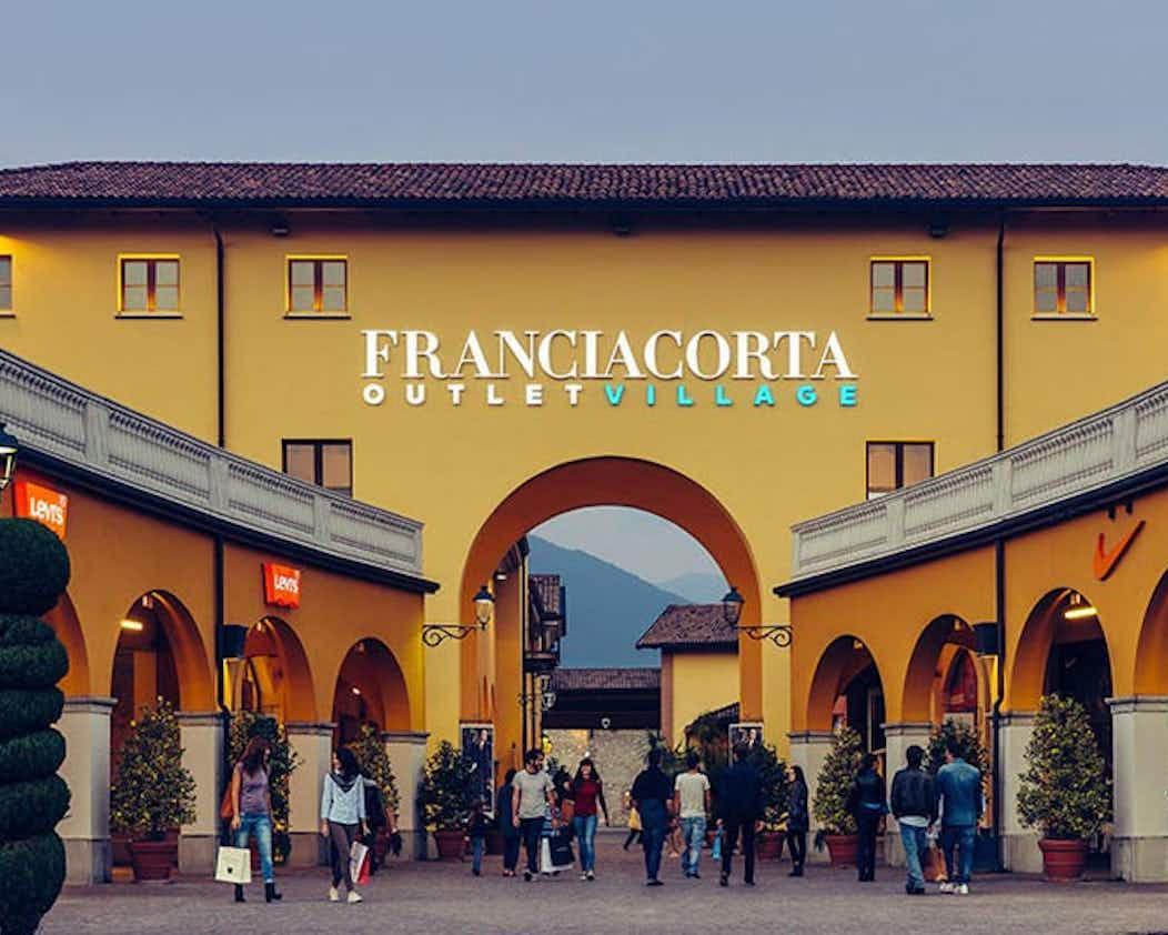 Tickets Franciacorta Outlet Village - Brescia | Tiqets.com
