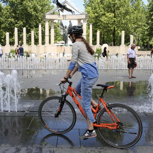 Budapest Downtown & Hills: Guided Bike Tour