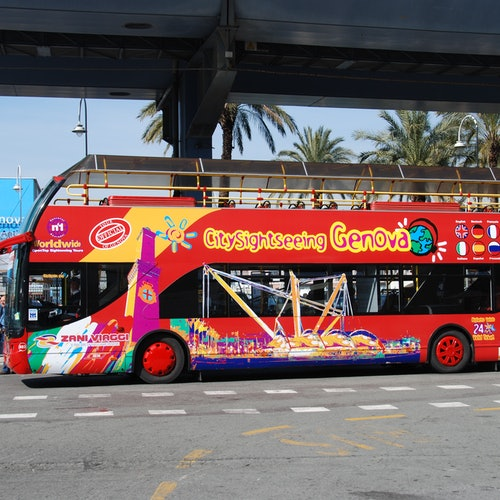 Bus turístico de Génova