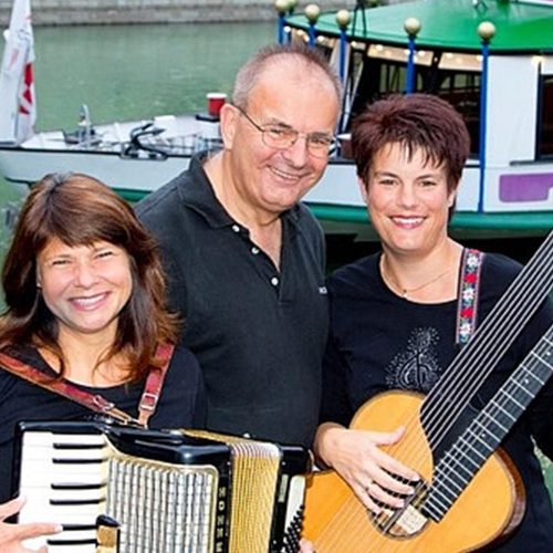 Evening Dinner Cruise with Viennese Songs