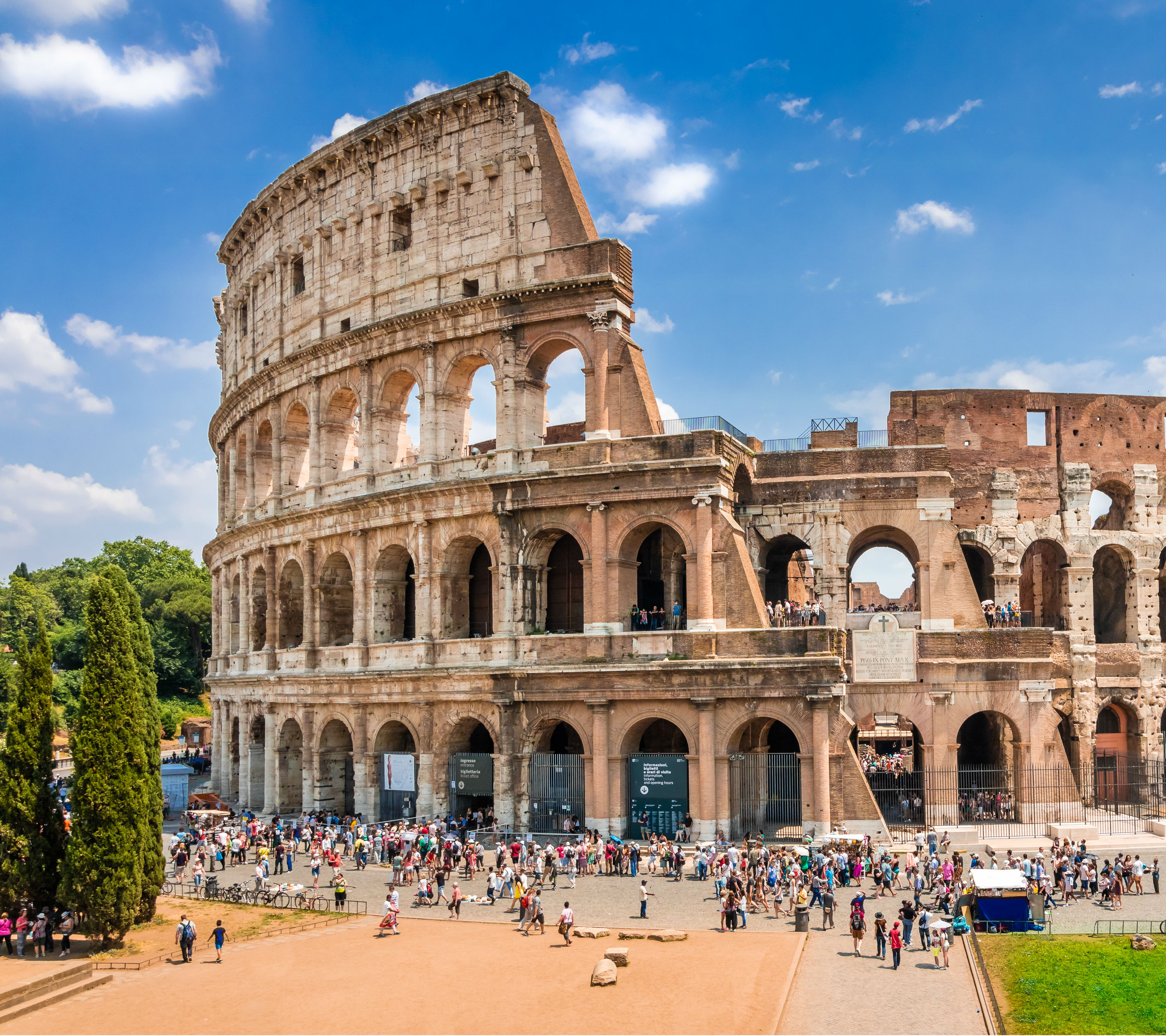 Tickets for Colosseum + Vatican Museums: Skip The Line + Hop-on Hop-off Bus 48H