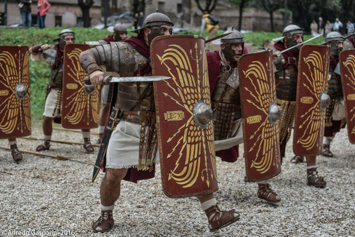 Kinder Garden: Gladiator School Museum & Gladiator Show
