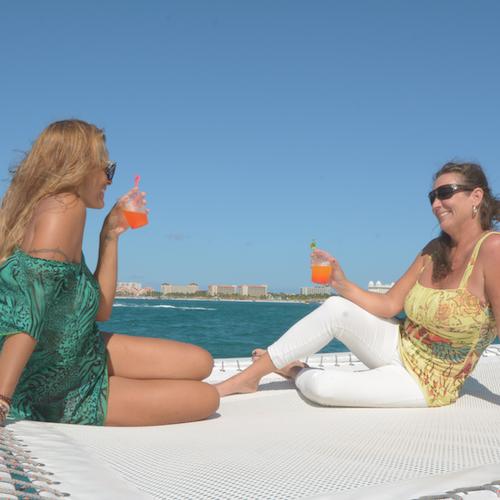 Vela y esnórquel en catamarán por la tarde