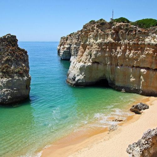 Benagil Cave Tour from Portimão: 80 Minutes