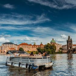 Tickets, museos, atracciones,Crucero por el río Moldova,Crucero