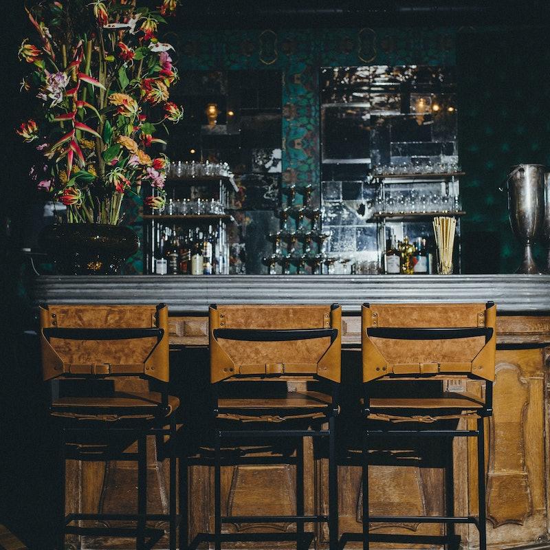Amsterdam striptease bar Lap Dance