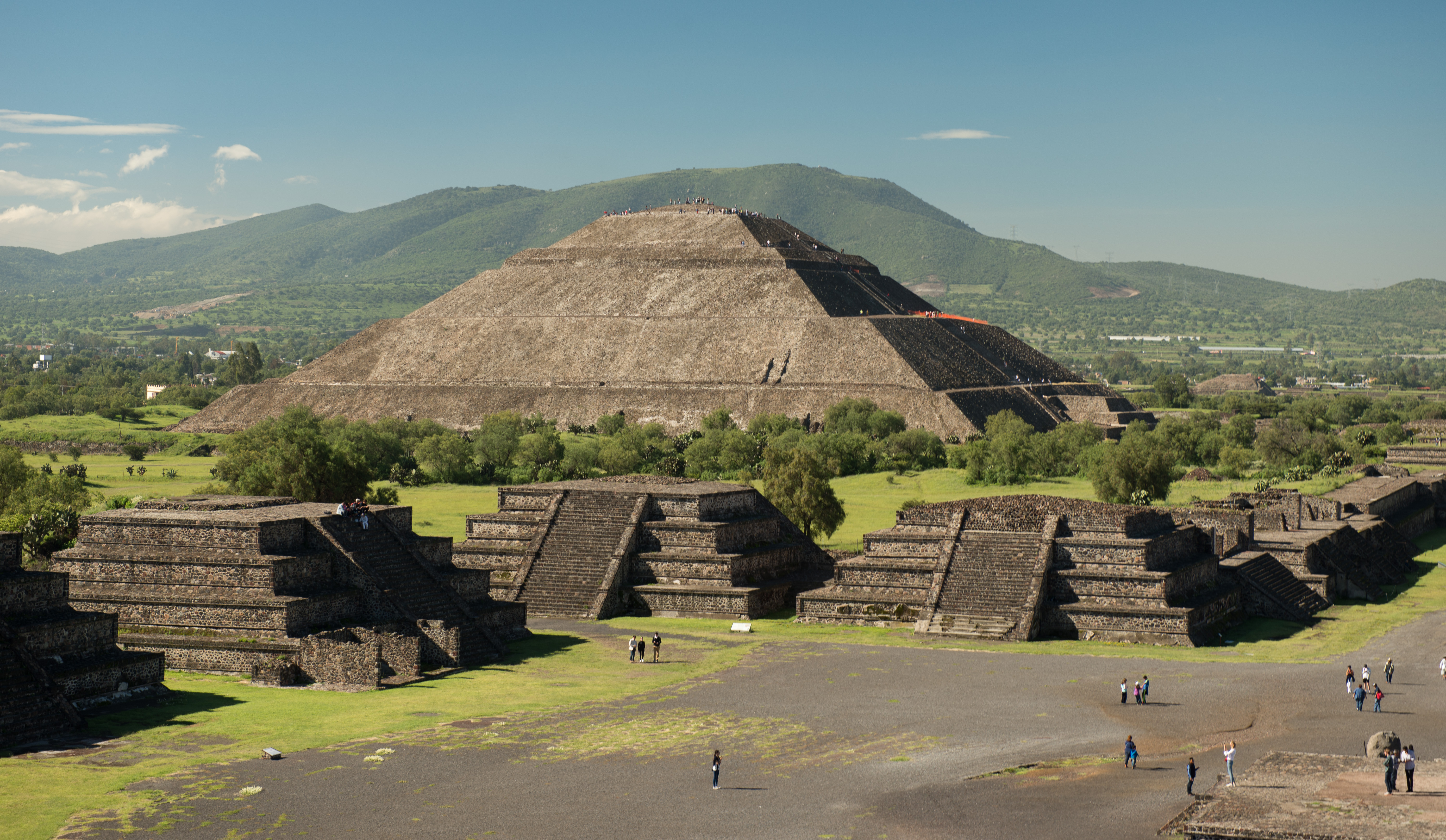 Tickets for Teotihuacán: Fast-Track Admission & Transport from Mexico City