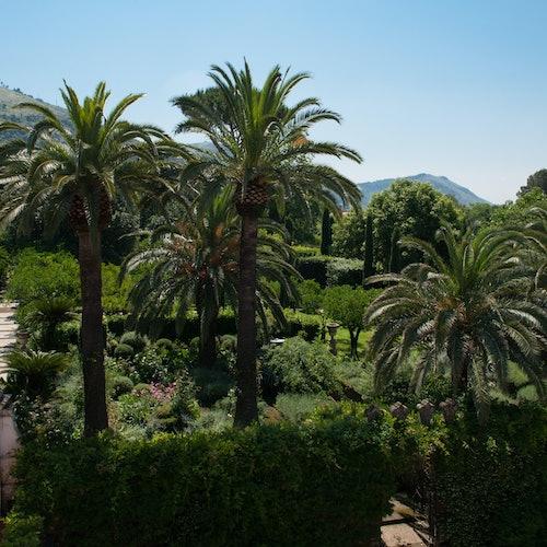 Jardines del palacio Cocozza di Montanara