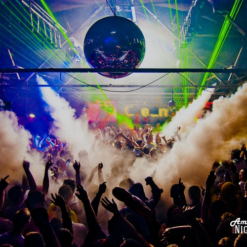 Amsterdam Nightlife & Clubs + Free Drinks