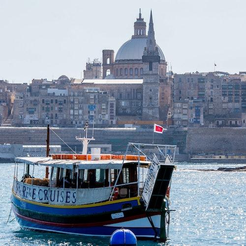 Crucero por dos puertos durante el día: Visita guiada