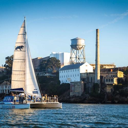 Crucero en catamarán por la bahía de San Francisco