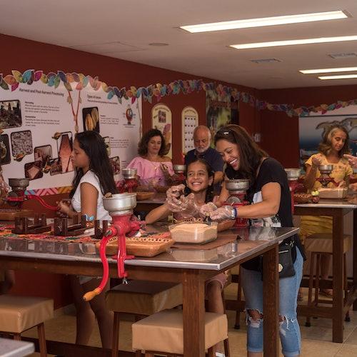 Discover Mexico Park Cozumel: Entrada + Taller de chocolate