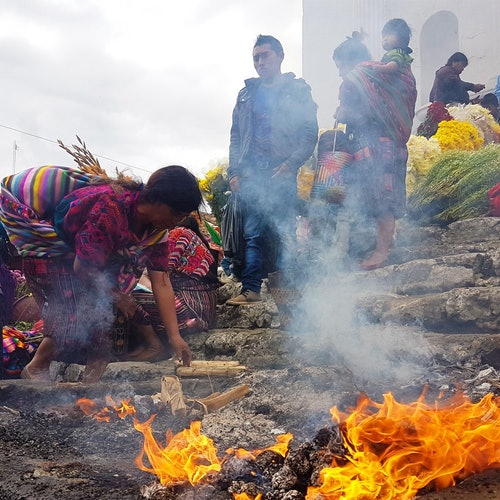 Lago de Atitlán y mercado de Chichicastenango: Tour desde Ciudad de Guatemala