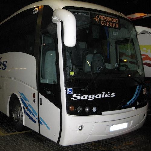 Traslado al aeropuerto de Girona en bus
