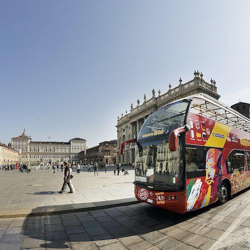 Museo Nacional del Automóvil + Bus turístico Turín