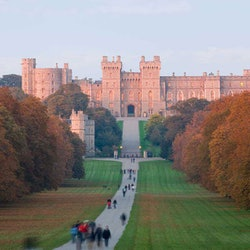 Tickets, museos, atracciones,Tickets, museums, attractions,Excursión a Castillo de Windsor,Windsor Castle,Excursión a Stonehenge,Stonhenge and Bath,Excursión a Bath,Bath + Stonehenge + Windsor