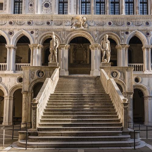 Palacio Ducal: Sin colas + Guía