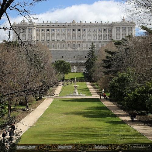 Palacio Real de Madrid: Acceso rápido + Guía cultural digital