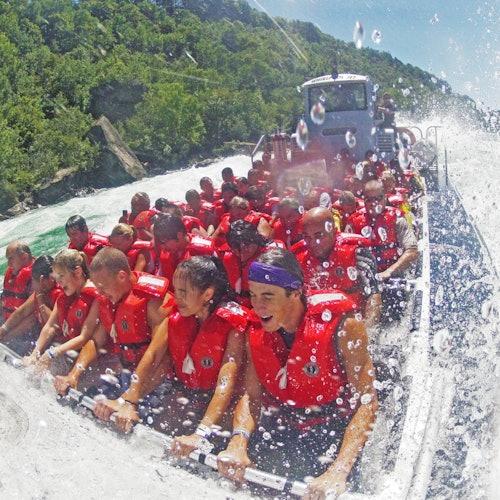 Whirlpool Jet Boat Tours en Niagara Falls