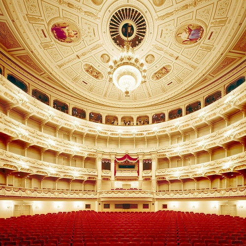 Semperoper & Dresden Old Town: English Guided Tour