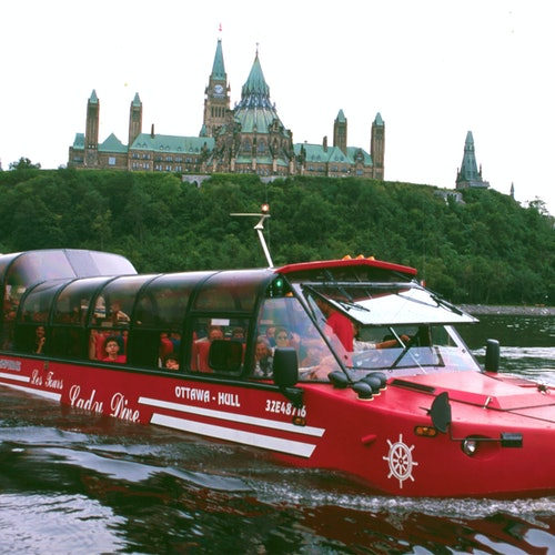Ottawa City Tour: Hop-on Hop-off Bus & Amphibus