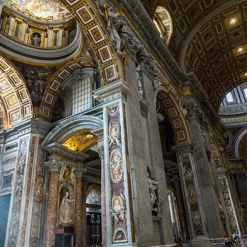 Museos Vaticanos y Capilla Sixtina con entrada dedicada